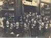 1938-wycieczka-do-sklepu-sobieszczaka-wl-lechoslaw-kubiak