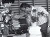 1977-rozdanie-matur-wreczenie-dyplomu-z-pietrzykowskiemu