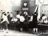 1979-zakonczenie-roku-wreczenie-swiadectwa-dojrzalosci-e-tomczak
